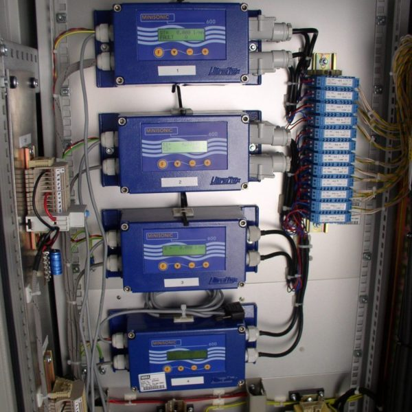 Debitmetre-a-ultrasons-Minisonic-600-941x1024